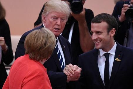 گرهگشایی از معمای سفر سیاستمدار اروپایی با ردای آمریکایی