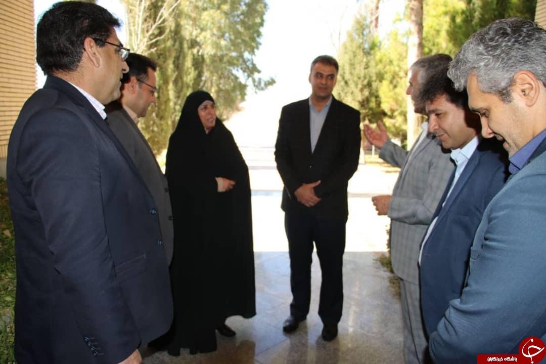 معاون وزیر ورزش وارد کرمان شد