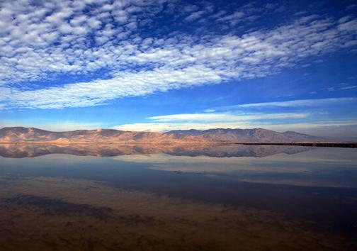 چشم تالاب های فارس تنها به مهر آسمان/ چاره واقعا چیست؟