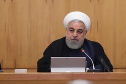 ساکنان کاخ سفید نمیتوانند برای ملت ایران تصمیم بگیرند/ قدرت اقتصادی بدون قدرت سیاسی امکان پذیر نیست