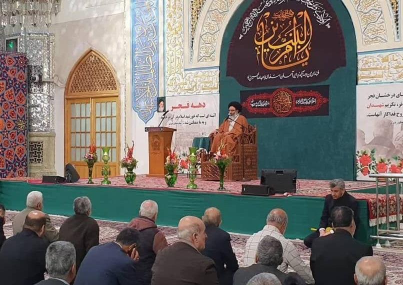 پیروزی و عظمت انقلاب اسلامی ناشی از بلندای فکر امام بود