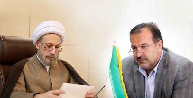 دعوت نماینده ولی فقیه و استاندار فارس برای شرکت در راهپیمایی ۲۲ بهمن