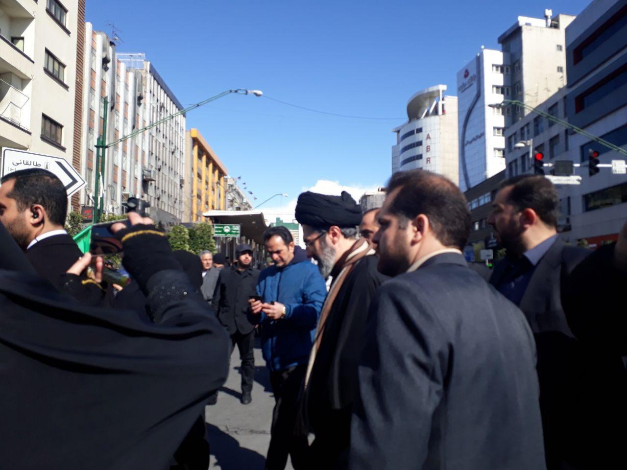 حضور سید مجتبی خامنه ای در راهپیمایی 22 بهمن