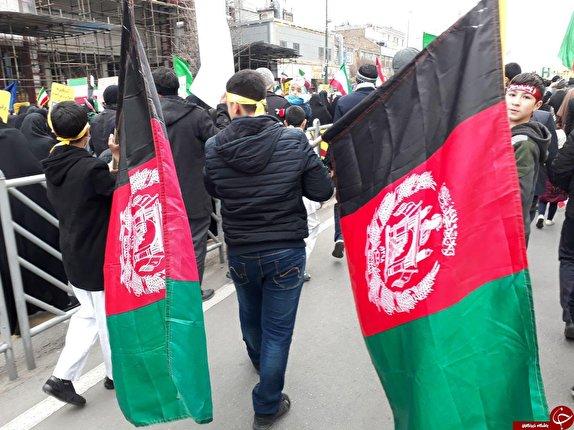 باشگاه خبرنگاران - گزارش تصویری: حضور گسترده مهاجرین افغانستانی در جشن ۴۱ سالگی انقلاب اسلامی