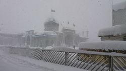 برف آستانه اشرفیه را دچار مشکل کرد