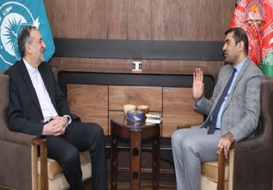گفتگوی سفیر ایران در کابل با وزیر معارف افغانستان