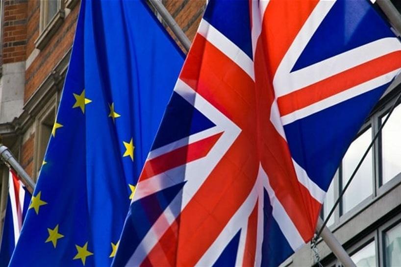 پرچم انگلیس و اتحادیه اروپا