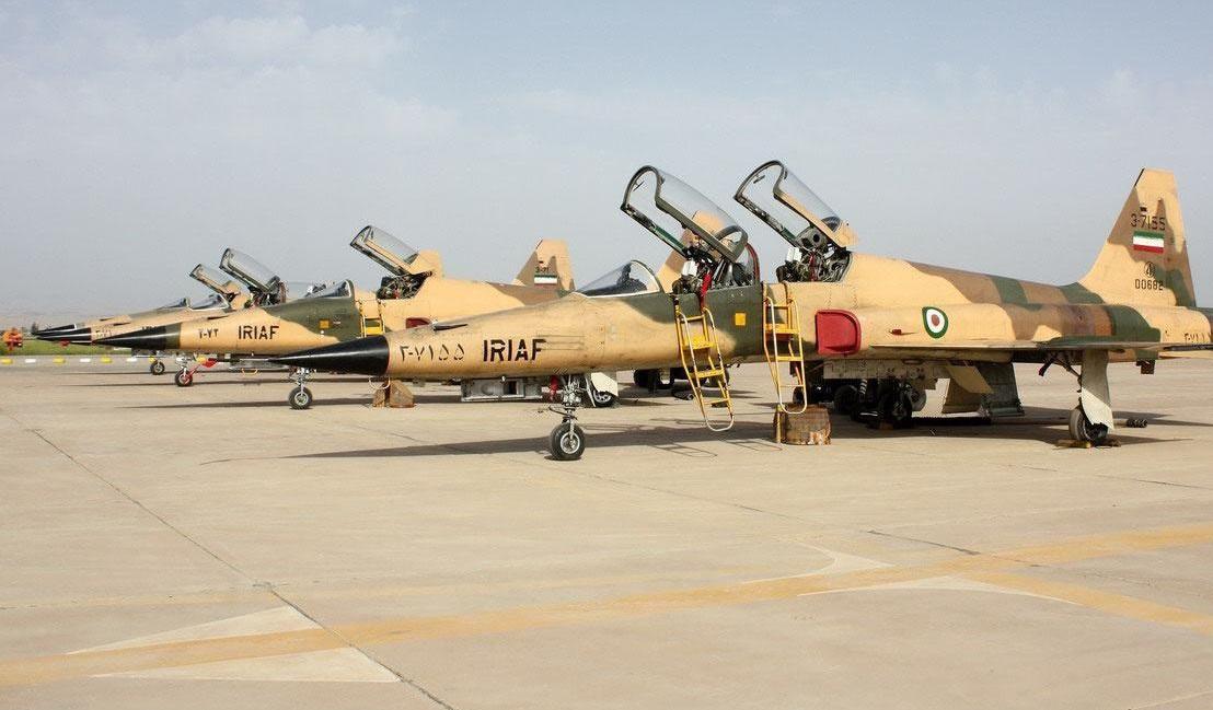 تصویری از جنگندههای F5 ارتش جمهوری اسلامی