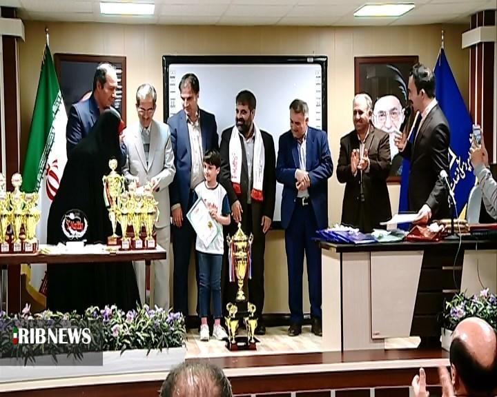 تجلیل از مدال آوران استان در مسابقات جهانی آی مث ۲۰۲۰