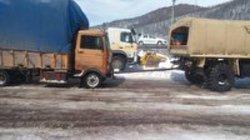 امدادرسانی ارتش به مردم گرفتار در برف و کولاک