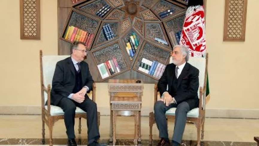 گفتگوی سفیر آلمان در کابل با عبدالله درباره صلح و انتخابات