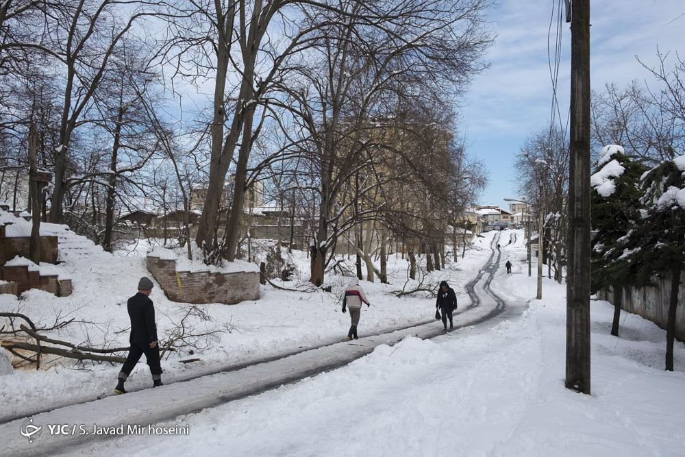 بازگشایی راههای ۲۰۰ روستا تا ۳ روز آینده/ محور قزوین_رشت تا ظهر امروز به صورت کامل بازگشایی میشود
