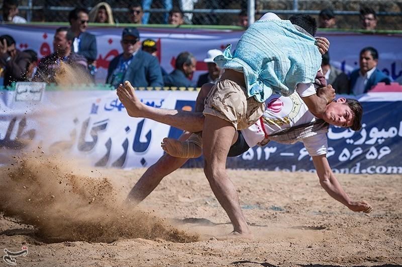 برگزاری مسابقات کشتی باچوخه قندی بجنورد