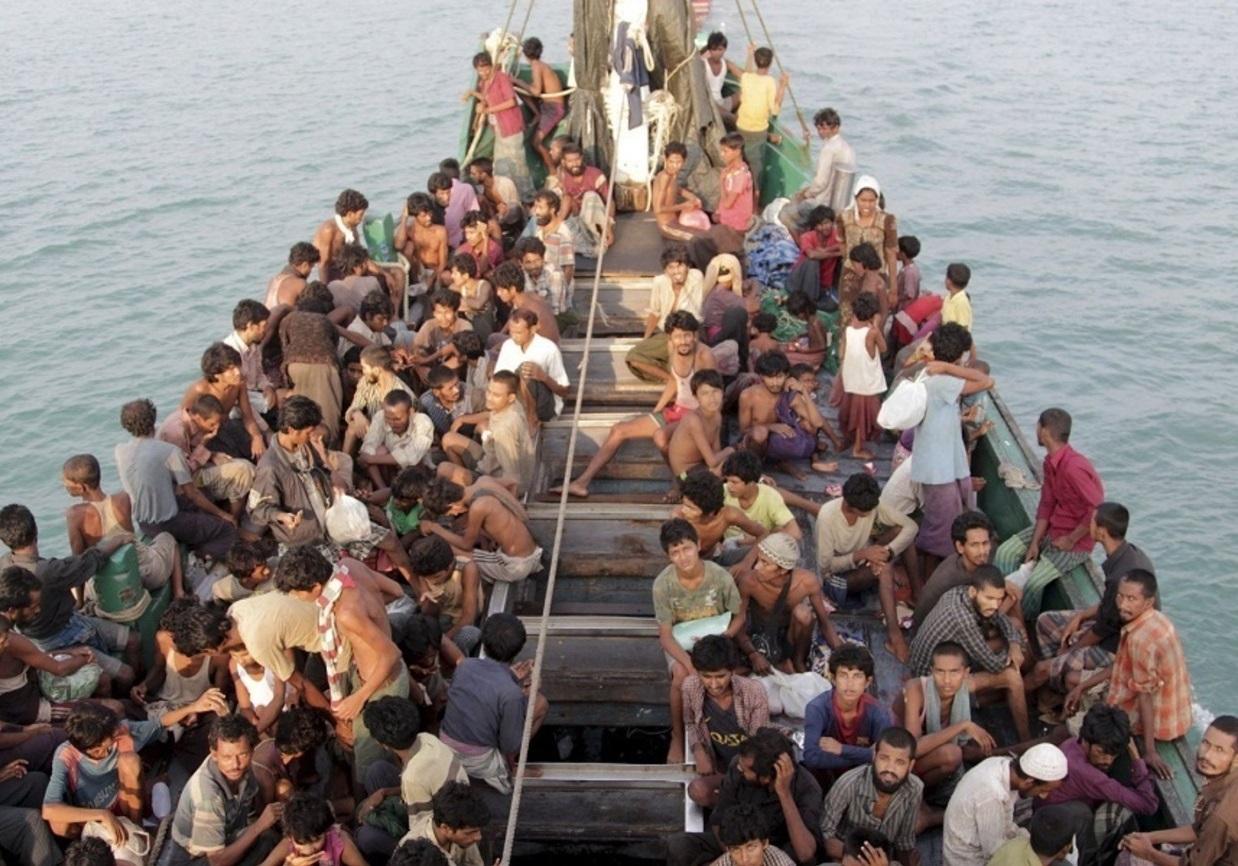 قایق آوارگان روهینگیا