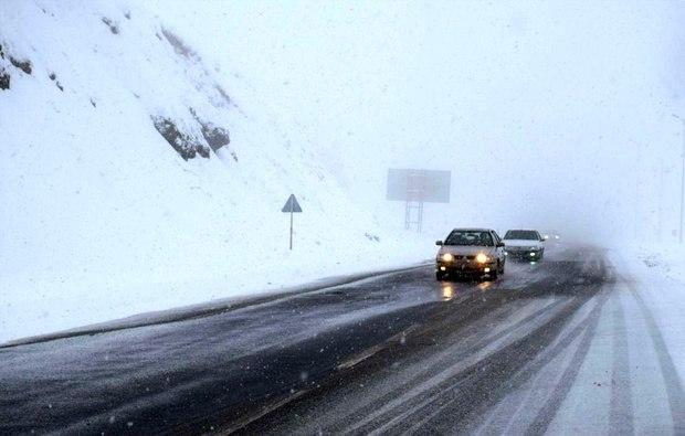 کل راههای روستایی استان گیلان تا فردا باز میشود/ برای ورود سیستم بارشی تازه آماده می باشیم