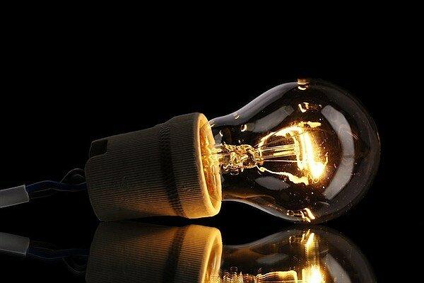 کاهش ۱۰ درصدی مصرف برق با خاموش کردن روشناییهای اضافی