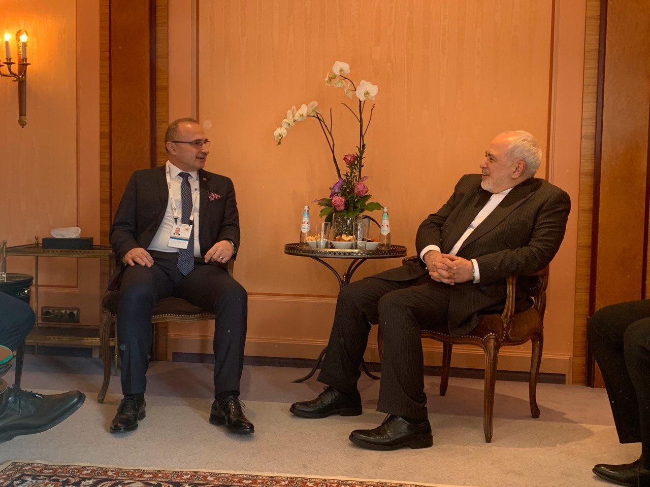 ظریف با وزیر خارجه کرواسی دیدار و گفتوگو کرد