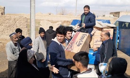 اقدام خیرخواهانه نایب قهرمان کشتی جهان در روستاهای مرزی ایران+ عکس
