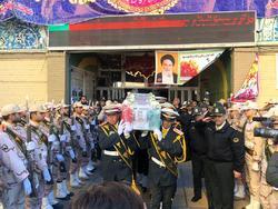 پیکر مطهر سرباز شهید امیر رضا رمضانی در مشهد تشیع شد