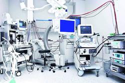 هبه مسئولیت تجهیزات پزشکی بیمارستانها به داروسازان/ سوختن زن باردار عواقب نبود مهندسان پزشکی