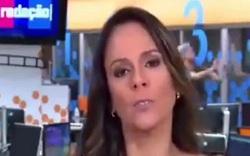 آب بازی هنگام پخش زنده اخبار ورزشی