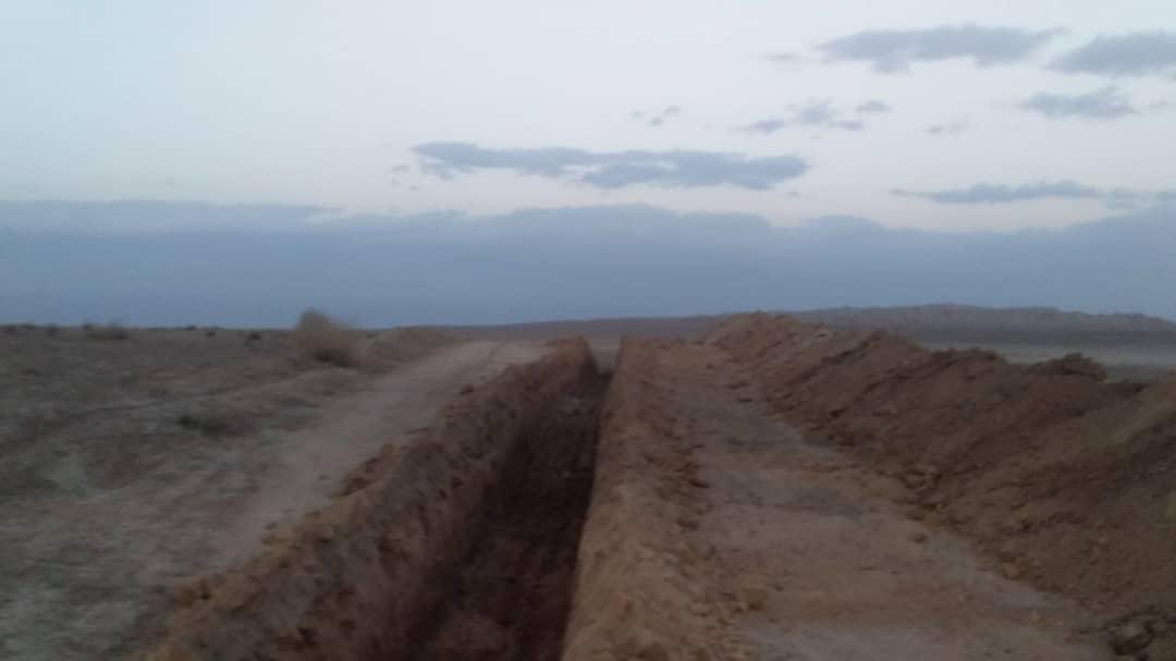 حفر کانال حفاظتی درشهرستان اشتهارد