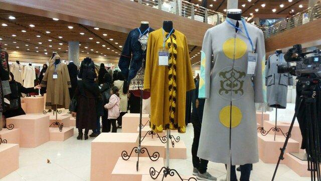 نهمین جشنواره بین المللی مد و لباس فجر روی خط زرجامه رادیو فرهنگ