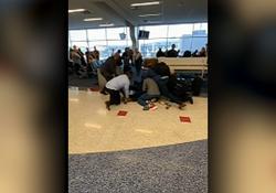 درگیری وحشتناک پلیس تگزاس با مظنون خطرناک در فرودگاه