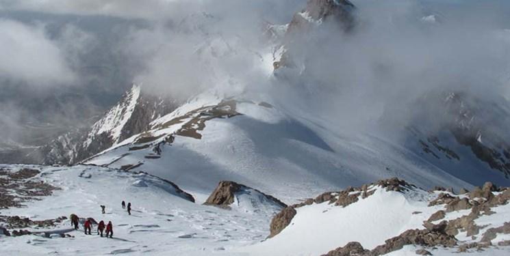 هشدار هیئت کوهنوردی استان همدان در پی بارش سنگین برف