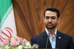 اولین واکنش وزیر ارتباطات به جنجال کفش لاکچریاش