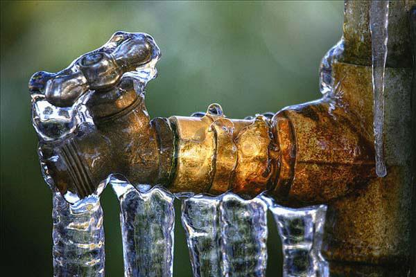 شهروندان مراقب یخزدگی کنتورهای آب در فصل سرما باشند