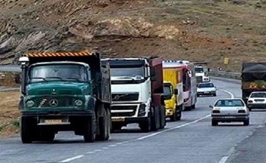 تمام محورهای مواصلاتی استان یزد باز است/ رانندگان تجهیزات زمستانی به همراه داشته باشند