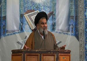 حج بالاترین فرصت انتقال ارزشهای اسلامی است/لازمه بقای نظام، اقتدار است