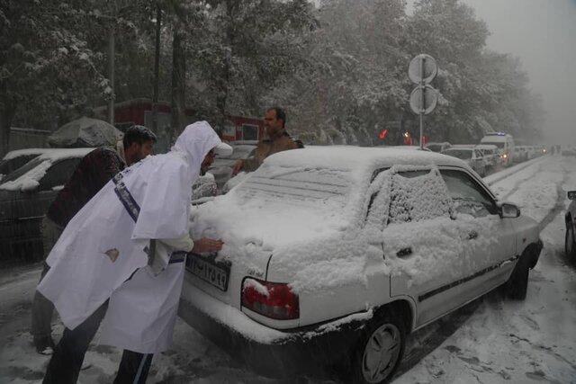 برفی شدن راههای نیمه شمالی کشور تا ۲۴ ساعت آینده