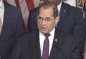نماینده کنگره آمریکا ترامپ را «دیکتاتور» خواند