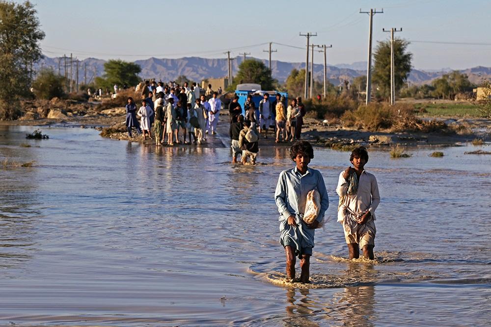 وسایل گرمایشی، موادغذایی فاسد نشدنی و کنسروجات مهمترین نیاز مناطق سیل زده سیستان و بلوچستان