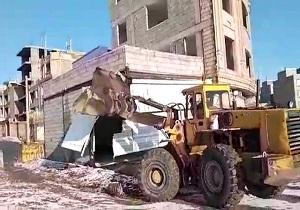 ۴ دهنه مغازه تجاری در بلوار ۳۶ متری دگایران در سنندج تخریب شد