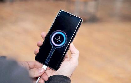 چرا باتری گوشی سریع تخلیه میشود؟