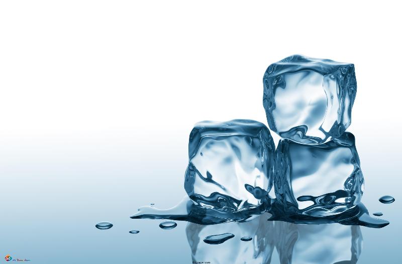 با یخ ماسک زیبایی بسازید