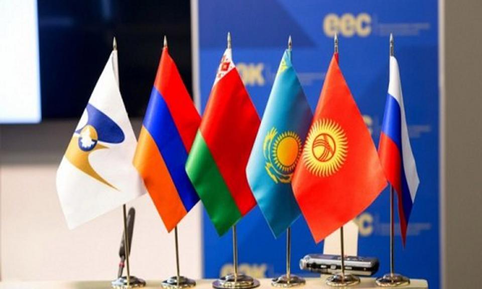 تجارت ایران و اوراسیا آزاد می شود/ ۷ هزار قلم کالا مشمول تعرفه صفر درصد میشود