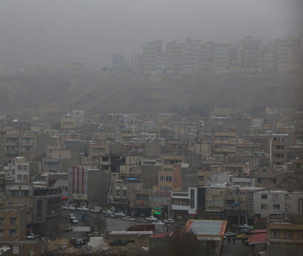 هوای تبریز ناسالم برای گروههای حساس