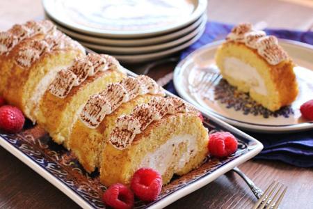 ۲ روش متفاوت تهیه کیک رولت خانگی