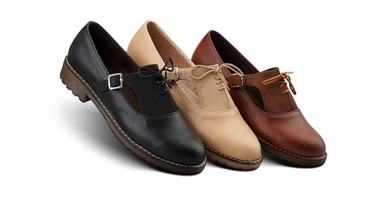 قیمت کفش زنانه در رنگ ها و مدل های مختلف چقدر است؟