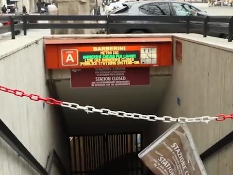 گزارش موبایلی حمید معصومینژاد از اعتراض اهالی رم به تعطیلی طولانی مدت ایستگاههای مترو + فیلم