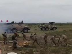 برخورد خمپاره به کلاه سرباز در مانور نظامی + فیلم