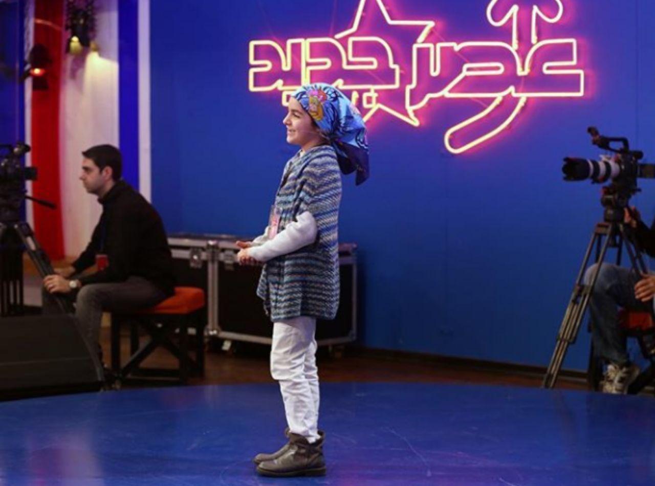 پای سرباز فراری به عصرجدید باز شد/ وقتی احسان علیخانی مجوز حضور در مسابقه را به دختر بچه واگذار کرد+فیلم