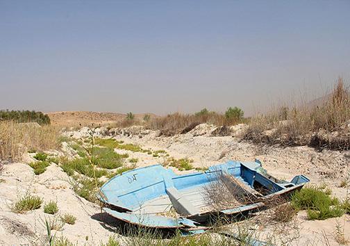 پریشانی تالاب پریشان با غارت آبهای زیر زمینی
