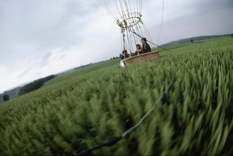 عکس منتخب نشنال جئوگرافیک از پایین کشیدن بالن در سالگرد نخستین پرواز