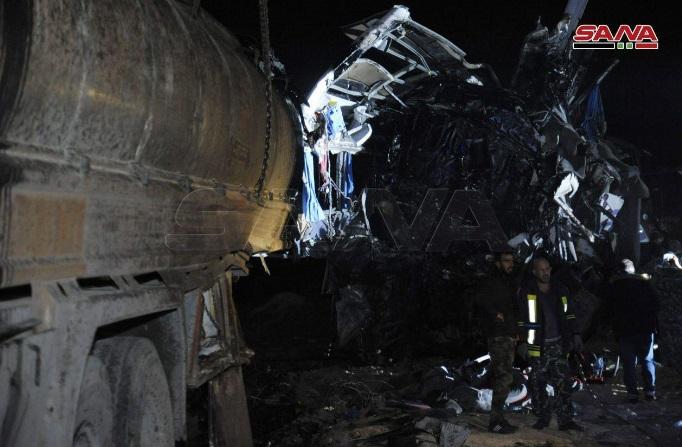 ۱۳۰ کشته و زخمی بر اثر تصادف خونین اتوبوس زوار در سوریه+ تصاویر