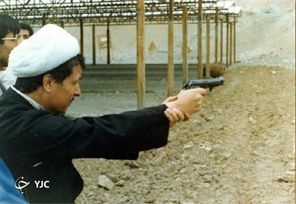 گام بلند ایران در ساخت اسلحههای پلمیری با اسلحه کمری رعد + تصاویر